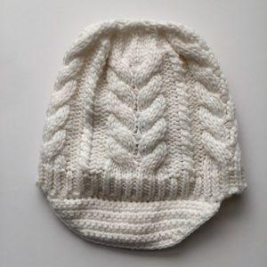 WHITE BEANIE CAP